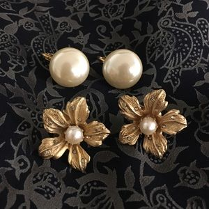 Floral Pearls Clip On Earring Set